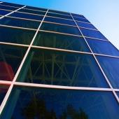 Sonnenschutzfolie Blau Dunkel Aussenmontage (Rollenbreite 76cm)